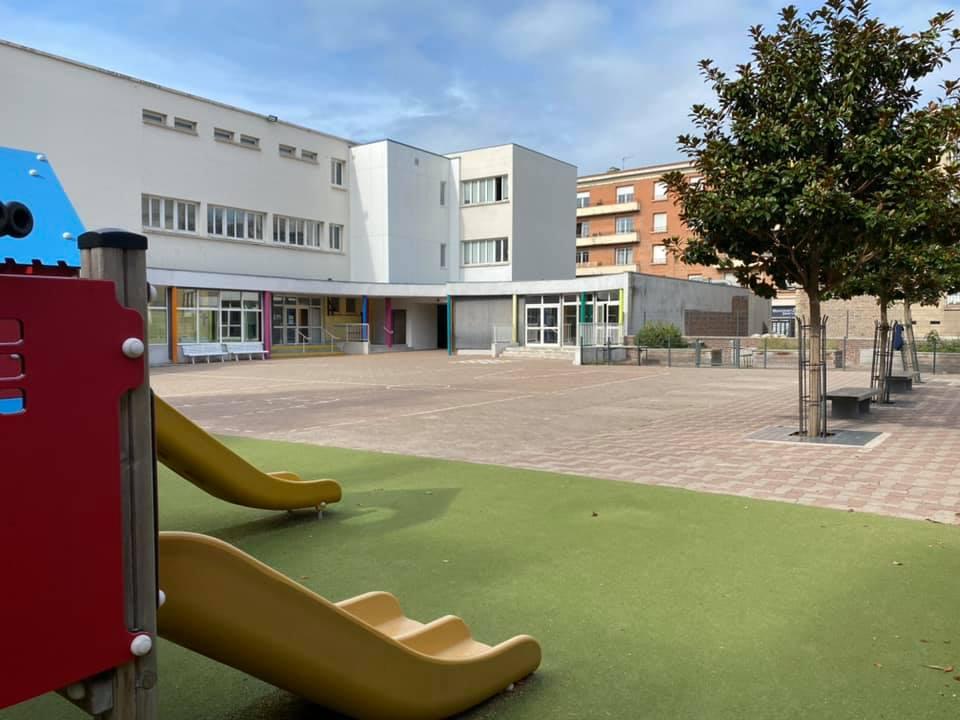Ecole Saint Roch - Cour de récréation
